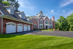 67 West Rose Valley Road  |  La Colline