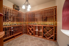 67 West Rose Valley Road  |  Exceptional climate control Wine Cellar