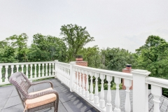67 West Rose Valley Road  |  Observation Deck